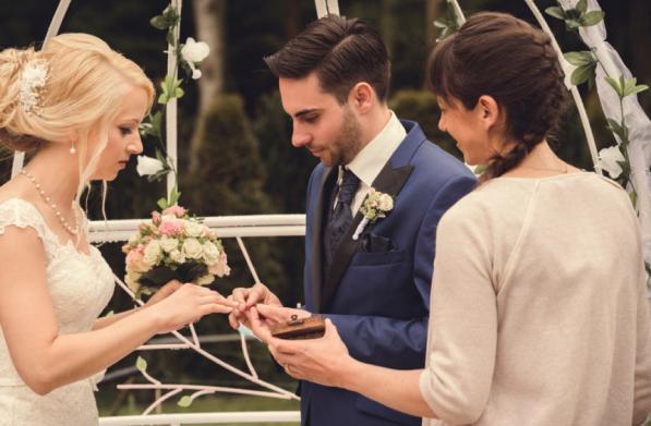 wedding-speaker-training